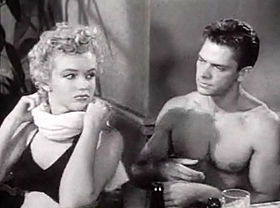 Marilyn Monroe et Keith Andes dans Clash by Night trailer.jpg