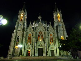 Castelpetroso-SantuarioDellaMadonnaAddolorata.JPG